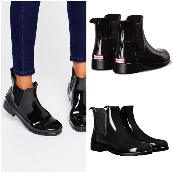 6f02ae0d37e HUNTER Refined Chelsea Gloss Rain Boots
